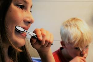 Здоровые и красивые зубы — в наследство