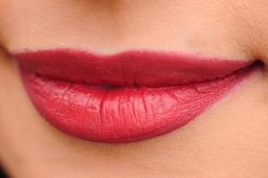 5 оттенков красного, которые подойдут для любого типа кожи