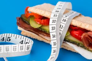 Заблуждения о правильном питании, которые мешают похудеть